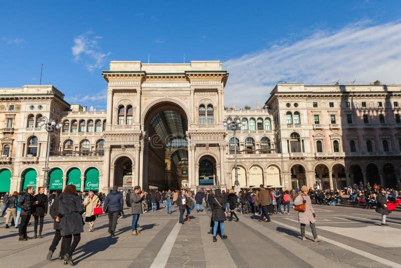 Αψίδα Galleria Vittorio Emanuele ΙΙ εισόδων στοκ εικόνα