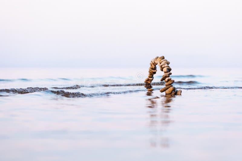 Αψίδα στη θάλασσα στοκ εικόνα με δικαίωμα ελεύθερης χρήσης
