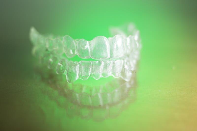 Αόρατος οδοντικός υπηρέτης δοντιών στοκ φωτογραφία με δικαίωμα ελεύθερης χρήσης