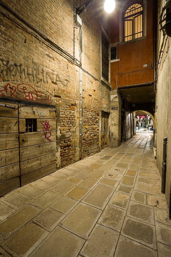 Αλέα της Βενετίας τη νύχτα στοκ φωτογραφία