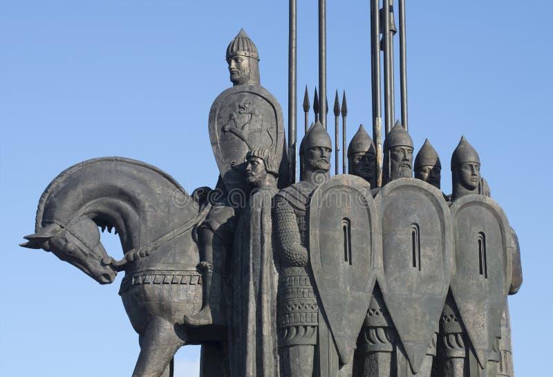 Αλέξανδρος Nevsky με τη ακολουθία του Ένα τεμάχιο της αναμνηστικής μάχης του πάγου Περιοχή του Pskov, της Ρωσίας στοκ εικόνες
