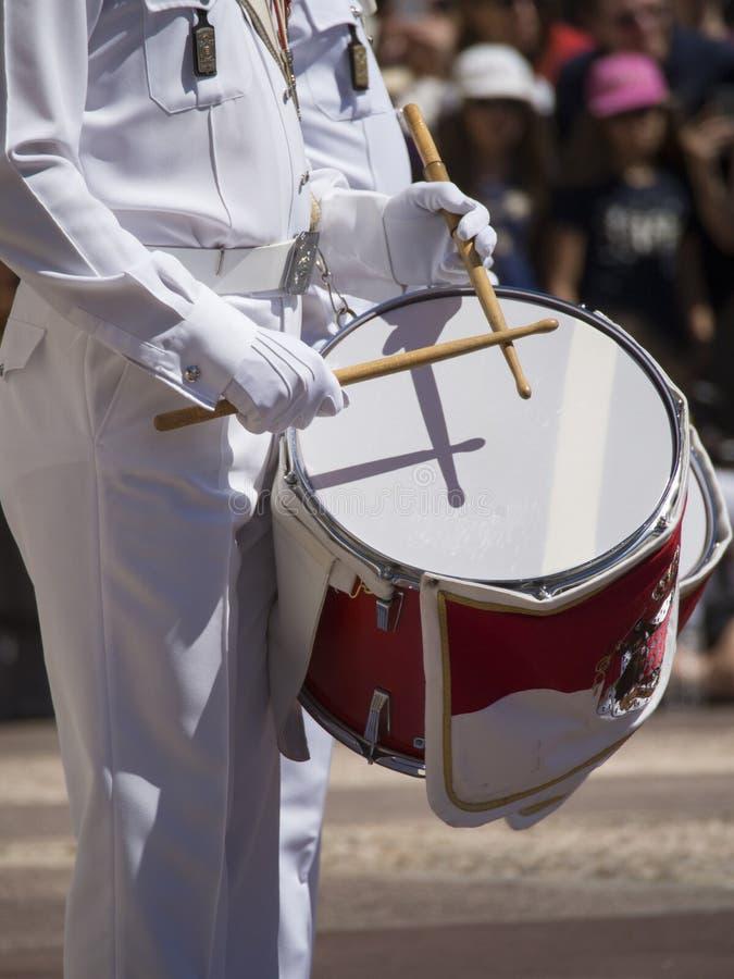 Αλλαγή φρουράς σε Prince& x27 παλάτι του s του Μονακό στοκ εικόνα