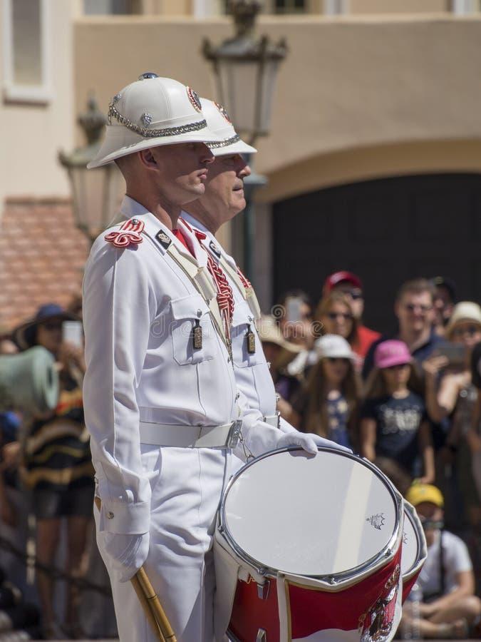 Αλλαγή φρουράς στο παλάτι του πρίγκηπα του Μονακό στοκ φωτογραφία με δικαίωμα ελεύθερης χρήσης