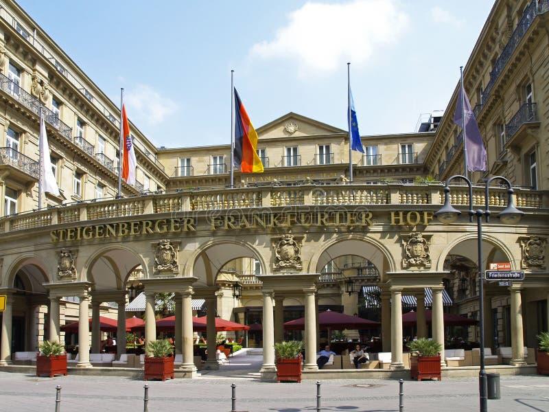 Αλλαντίδιο τύπου Φρανκφούρτης Hof Steigenberger ξενοδοχείων πολυτελείας στη Φρανκφούρτη Αμ Μάιν στοκ εικόνα με δικαίωμα ελεύθερης χρήσης