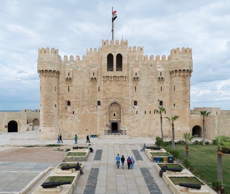 Αλεξάνδρεια, Αίγυπτος - 3 Δεκεμβρίου 2015: Qaitbay Castle, Αλεξάνδρεια, Αίγυπτος Ένα 15ο αμυντικό φρούριο που βρίσκεται στο Medit στοκ φωτογραφία με δικαίωμα ελεύθερης χρήσης