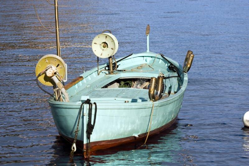 Αλιευτικό σκάφος με δύο βαρούλκα - Λιγυρία Ιταλία στοκ φωτογραφίες με δικαίωμα ελεύθερης χρήσης