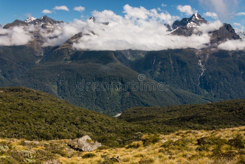 Αλπική αιχμή στο εθνικό πάρκο Fiordland στοκ φωτογραφία με δικαίωμα ελεύθερης χρήσης