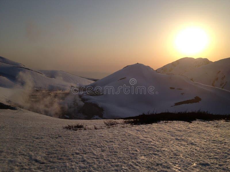 Αλπική διαδρομή Kurobe Tateyama (Άλπεις της Ιαπωνίας) στοκ εικόνα