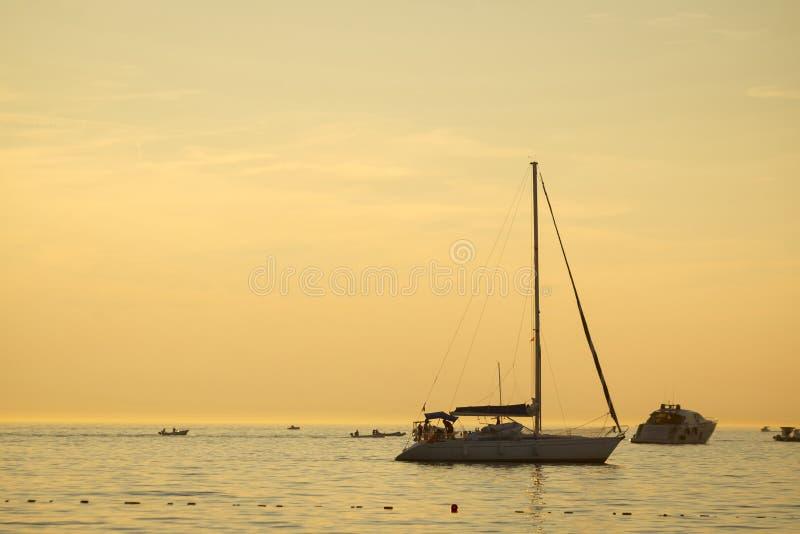 αδριατική θάλασσα βαρκών στοκ εικόνες με δικαίωμα ελεύθερης χρήσης