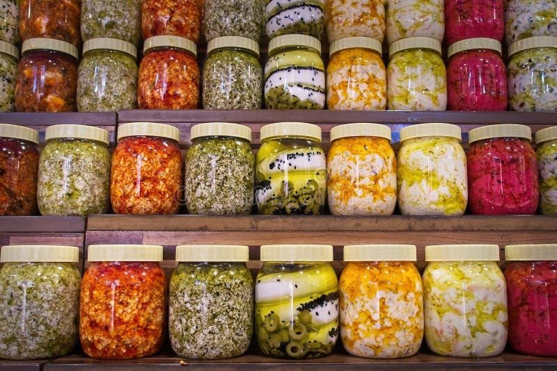 Βάζα με την ποικιλία των παστωμένων λαχανικών Συντηρημένα τρόφιμα στοκ φωτογραφία με δικαίωμα ελεύθερης χρήσης