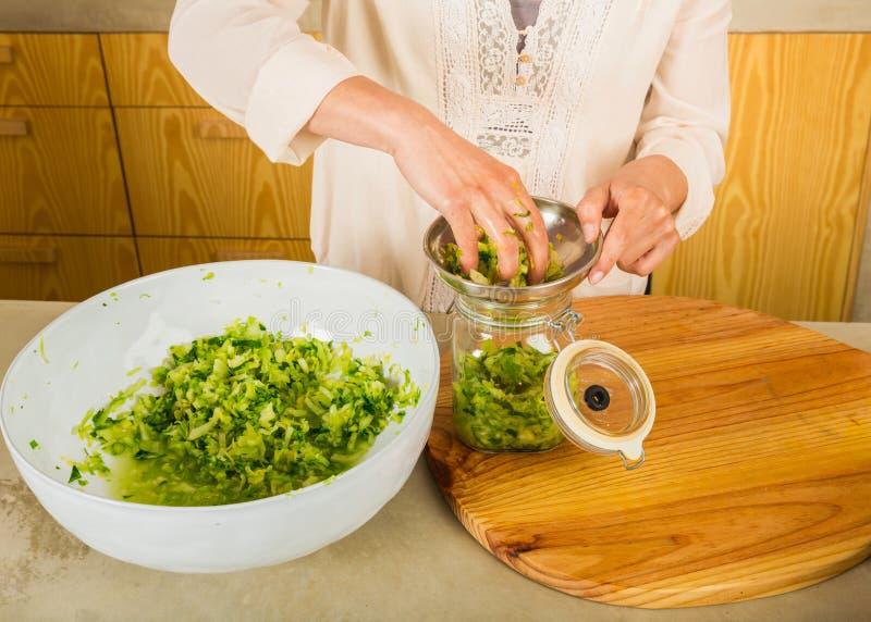 Βάζα του kimchi στοκ φωτογραφίες με δικαίωμα ελεύθερης χρήσης