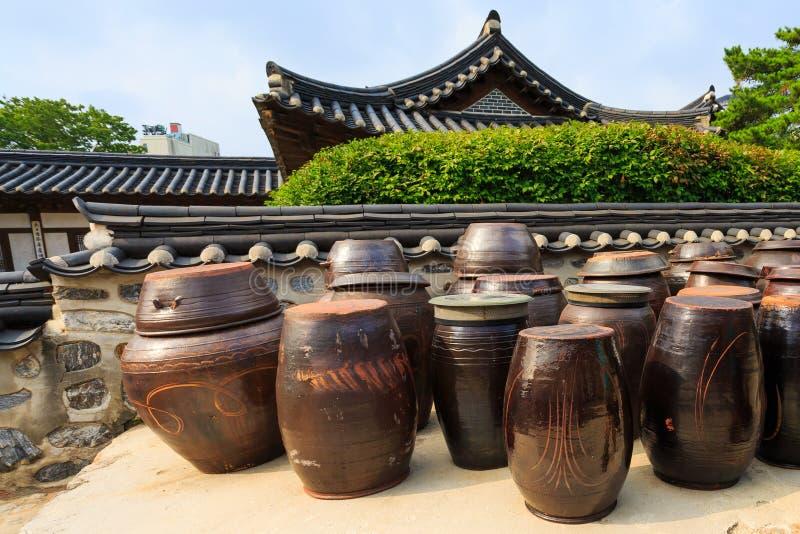 Βάζα Kimchi στοκ φωτογραφία με δικαίωμα ελεύθερης χρήσης