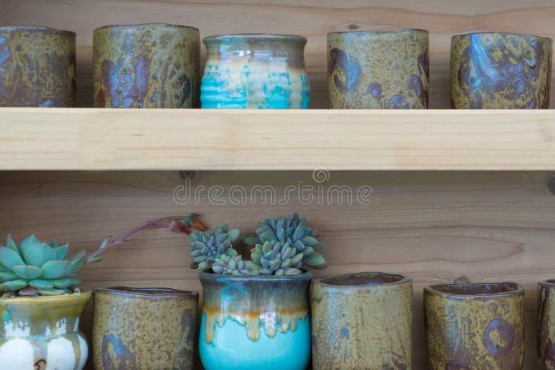 βάζο λουλουδιών στοκ φωτογραφία με δικαίωμα ελεύθερης χρήσης