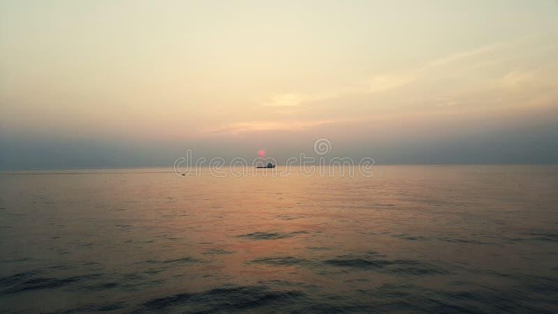Βάρκα ανεφοδιασμού στοκ φωτογραφίες
