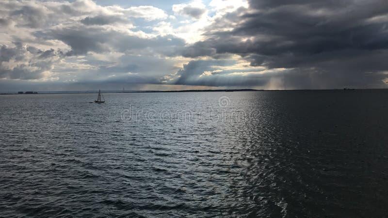 Βάρκα αποβαθρών southend--θάλασσας στοκ φωτογραφία