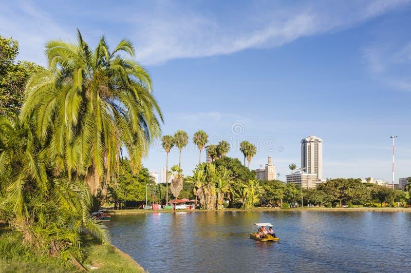 Βάρκα κουπιών στο πάρκο Uhuru στο Ναϊρόμπι, Κένυα, εκδοτική στοκ φωτογραφία με δικαίωμα ελεύθερης χρήσης