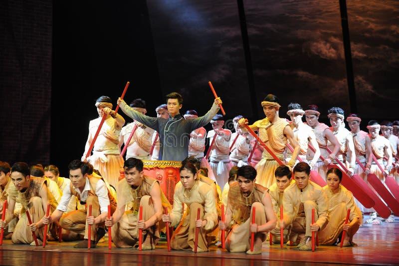 Βάρκα δράκων Guangzhou η φυλή-τρίτη πράξη των γεγονότων δράμα-Shawan χορού του παρελθόντος στοκ εικόνες