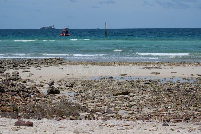 Βάρκα στη θάλασσα στοκ εικόνες