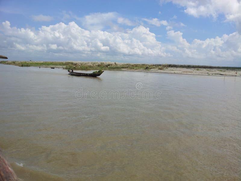 Βάρκα στο padma στοκ φωτογραφίες με δικαίωμα ελεύθερης χρήσης