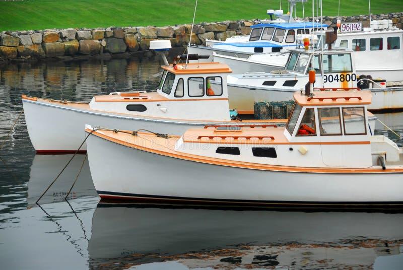 βάρκες που αλιεύουν το λιμάνι στοκ φωτογραφία