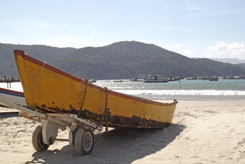 Βάρκες στην άμμο στοκ εικόνες