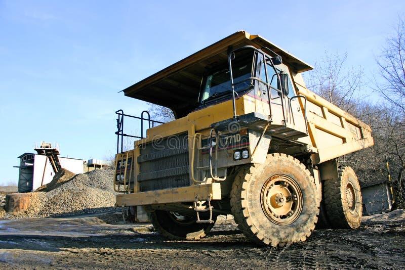 βάρος βαριών truck στοκ φωτογραφία με δικαίωμα ελεύθερης χρήσης