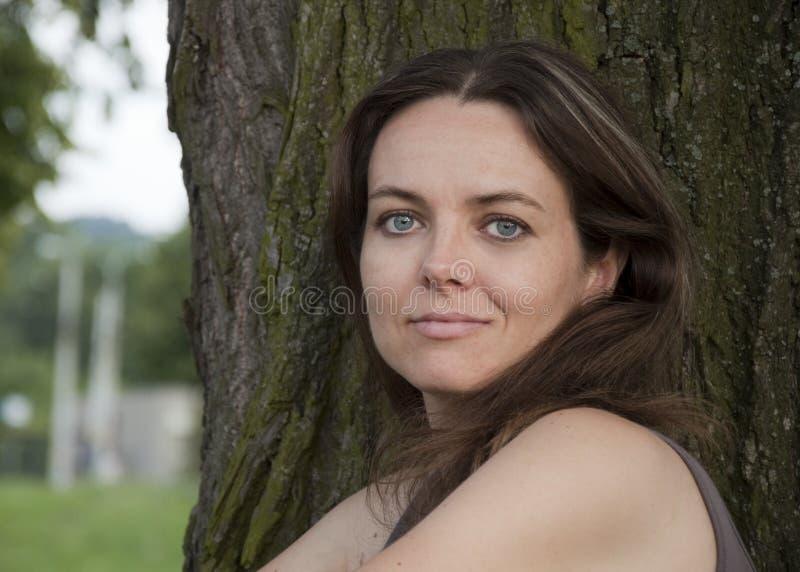 Βέβαια γυναίκα στοκ φωτογραφία με δικαίωμα ελεύθερης χρήσης