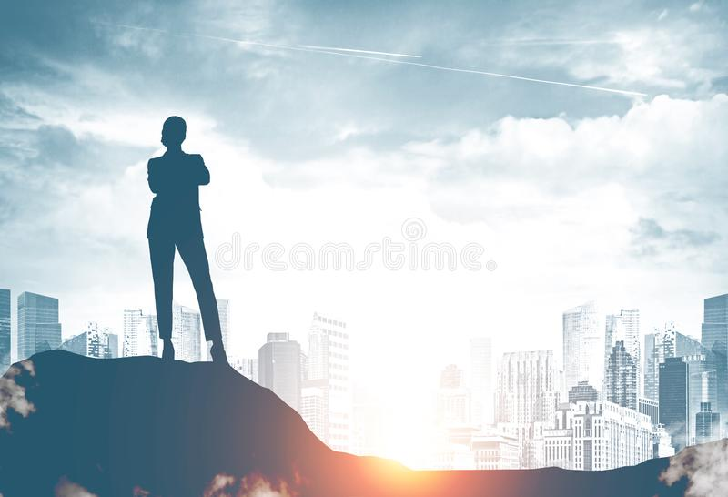 Βέβαια σκιαγραφία επιχειρηματιών στην πόλη στοκ εικόνες