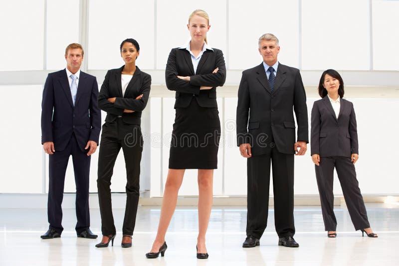 Βέβαιοι επιχειρηματίες στοκ φωτογραφία με δικαίωμα ελεύθερης χρήσης