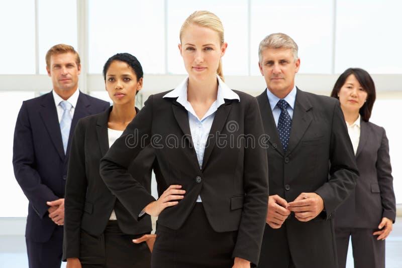 Βέβαιοι επιχειρηματίες στοκ φωτογραφία