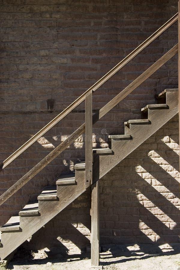βήματα ξύλινα στοκ φωτογραφία με δικαίωμα ελεύθερης χρήσης