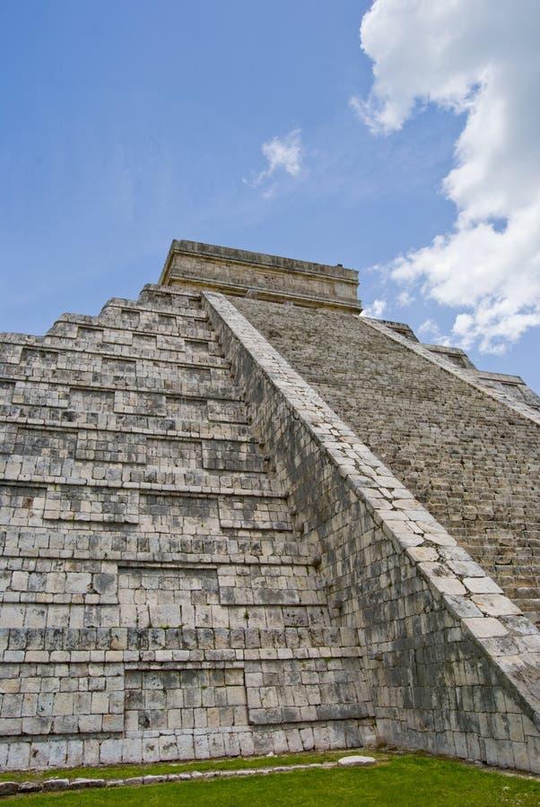 βήματα πυραμίδων στοκ φωτογραφία με δικαίωμα ελεύθερης χρήσης