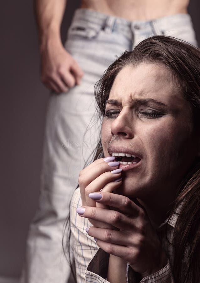 Βία στάσεων με τις γυναίκες στοκ φωτογραφία με δικαίωμα ελεύθερης χρήσης