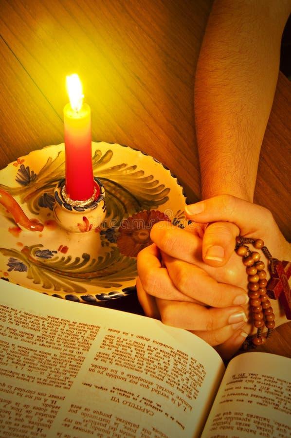 Βίβλος ιερή στοκ εικόνα με δικαίωμα ελεύθερης χρήσης