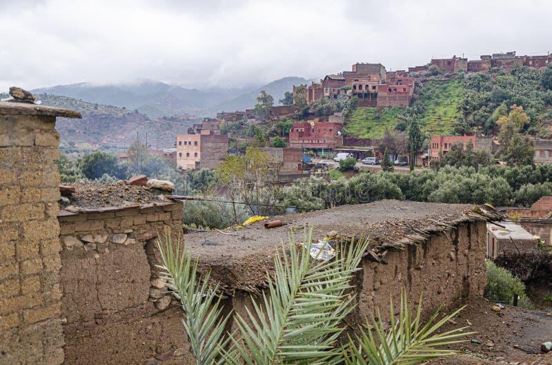 Βίλες στα υψηλά βουνά ατλάντων Μαρακές Μαρόκο στοκ φωτογραφία
