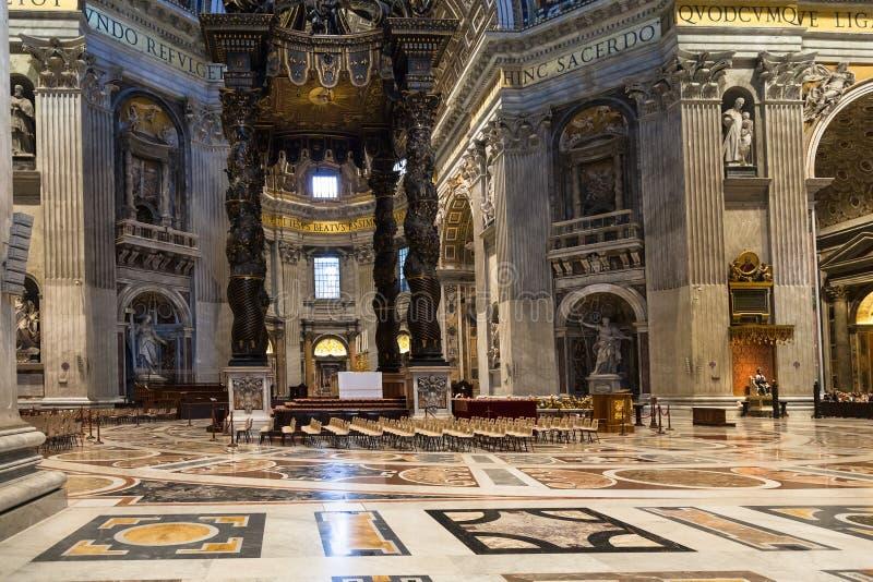 Βαγδάτι πέρα από το βωμό στη βασιλική σηκών του ST Peter στοκ εικόνες με δικαίωμα ελεύθερης χρήσης