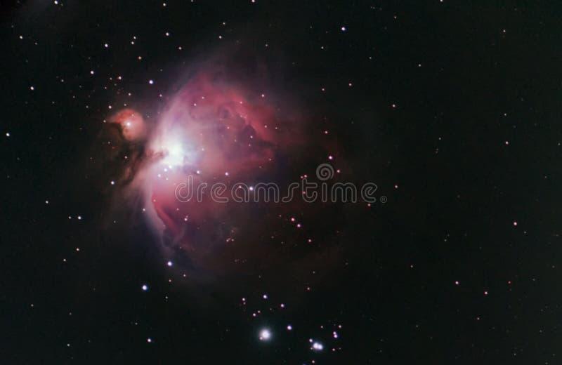 Βαθύς διαστημικός όμορφος νυχτερινός ουρανός νυχτερινού ουρανού νεφελώματος του Orion απεικόνιση αποθεμάτων
