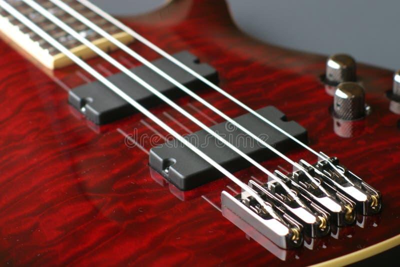 βαθύ κόκκινο κιθάρων στοκ εικόνα