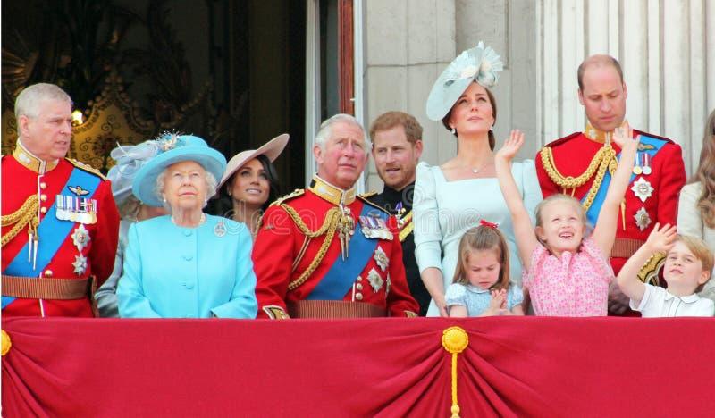 Βασίλισσα Elizabeth, Λονδίνο, UK, στις 9 Ιουνίου 2018 - Meghan Markle, Princ στοκ εικόνα με δικαίωμα ελεύθερης χρήσης
