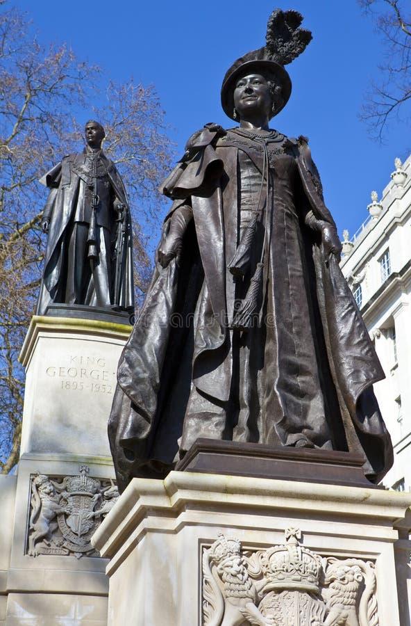 Βασίλισσα Mother Elizabeth και βασιλιάς George IV στοκ φωτογραφία