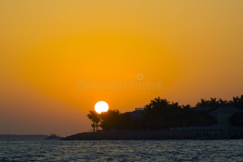 βασική δύση ηλιοβασιλέματος στοκ φωτογραφίες με δικαίωμα ελεύθερης χρήσης