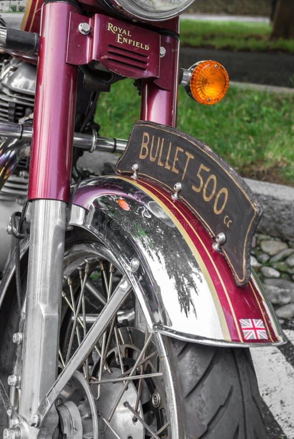 Βασιλική εκλεκτής ποιότητας μοτοσικλέτα Enfield στοκ φωτογραφία με δικαίωμα ελεύθερης χρήσης