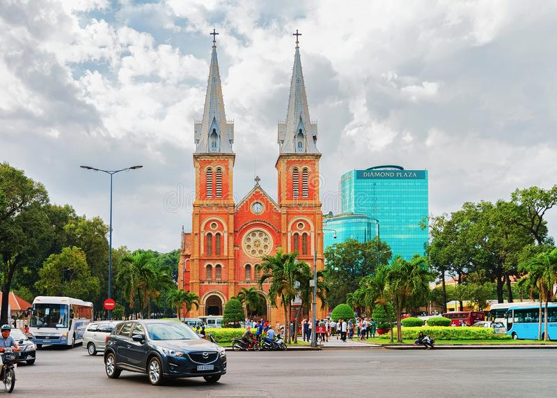 Βασιλική καθεδρικών ναών της Notre Dame της πόλης Χο Τσι Μινχ Saigon στοκ φωτογραφία με δικαίωμα ελεύθερης χρήσης