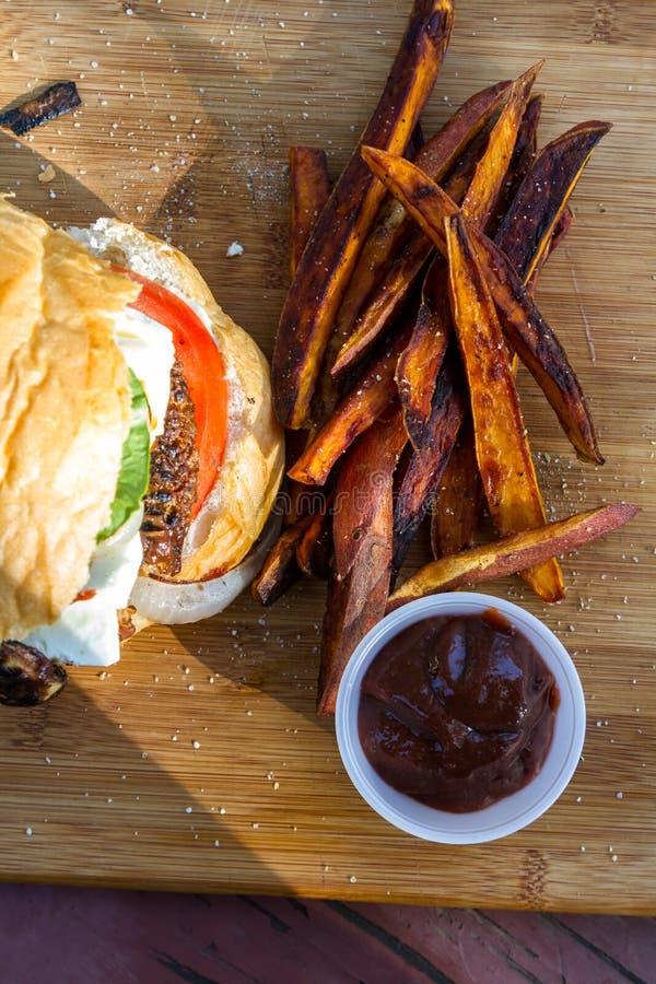 Βασισμένο στις εγκαταστάσεις burger στοκ φωτογραφίες με δικαίωμα ελεύθερης χρήσης