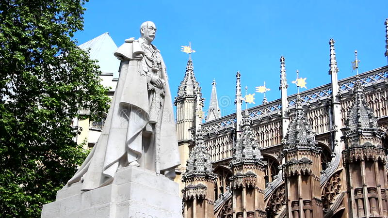 Βασιλιάς George Β άγαλμα φιλμ μικρού μήκους