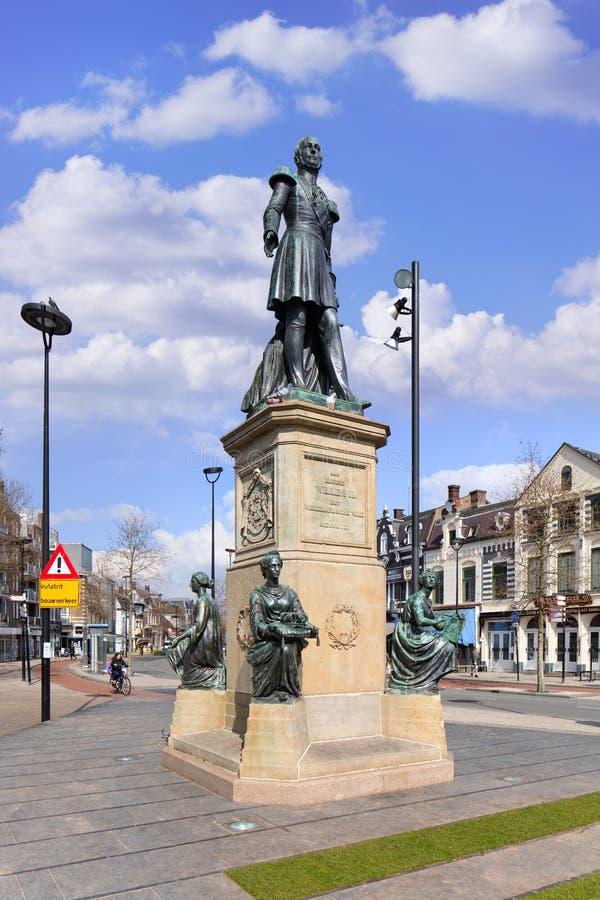 Βασιλιάς William ΙΙ άγαλμα στο Hill τετραγωνικό Τίλμπεργκ, Κάτω Χώρες στοκ εικόνες