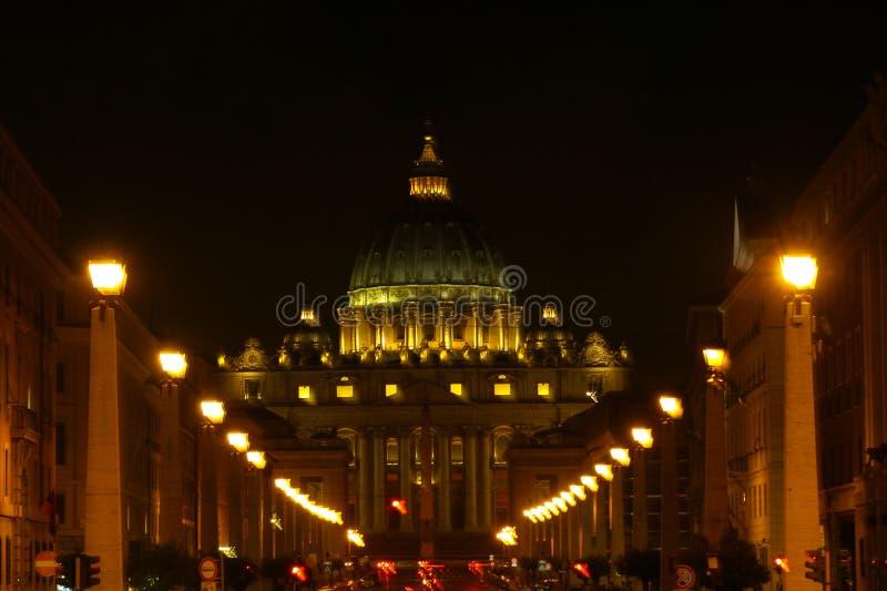 Βασιλική Αγίου Peters τη νύχτα, Ρώμη, Ιταλία στοκ φωτογραφία με δικαίωμα ελεύθερης χρήσης