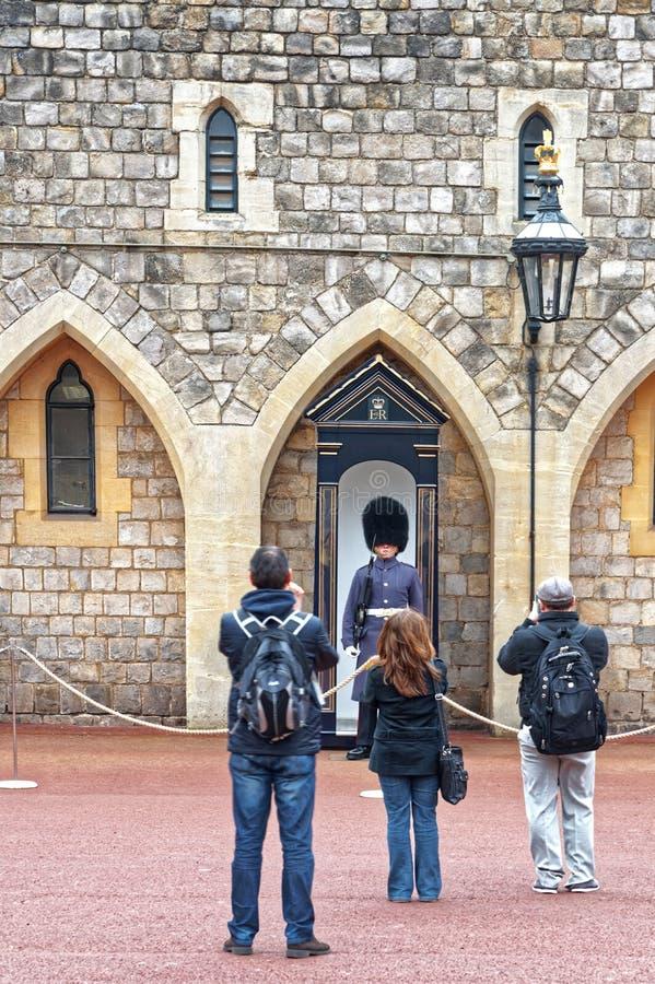 Βασιλική φρουρά στο κάστρο windsor στοκ εικόνες