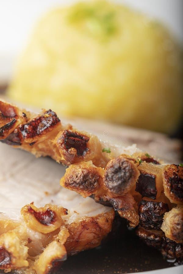 Βαυαρικό ψημένο χοιρινό κρέας στοκ εικόνα με δικαίωμα ελεύθερης χρήσης