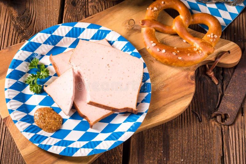 Βαυαρικό meatloaf με senf γλυκά στοκ φωτογραφίες με δικαίωμα ελεύθερης χρήσης